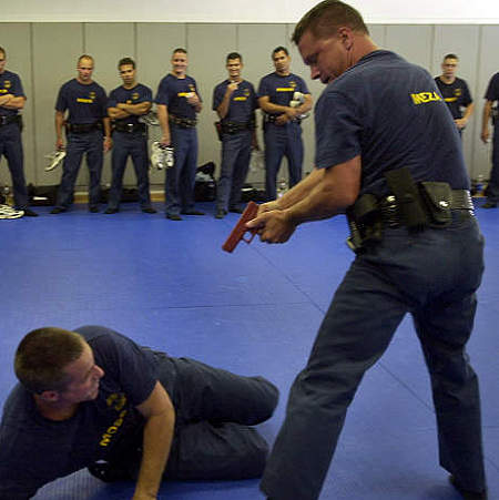 00055B - Are Police Officers Doing Fear-Based Training